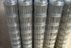 China Animal Fence Wire Mesh And Grassland Field Fence Stretcher China Knotted Wire Mesh Fence Fixed Knot Field Fence