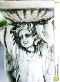 La Statua Grigia Del Gesso Il Giardino è Decorata Nello Stile Europeo Vi  Fotografia Stock - Immagine di antico, busto: 74869130