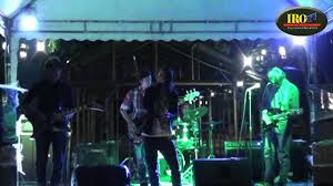 ID OUT Band @Sweet Memories IRO TV ONLINE ITO - YouTube
