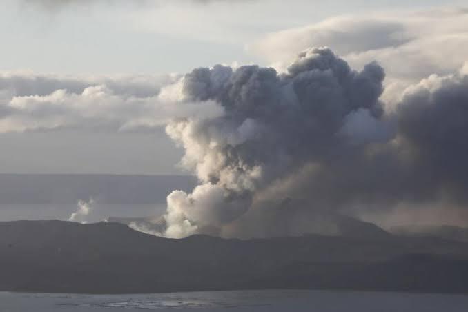 """Resultado de imagen para Ninoy ASquino Airport Volcano Taal"""""""