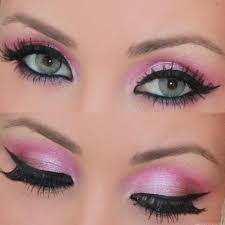 cute simple eye makeup for blue eyes
