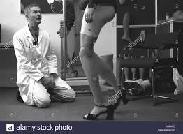 Bob Watts of Dorset Orthopedics fits Aimee Mullins, a double ...