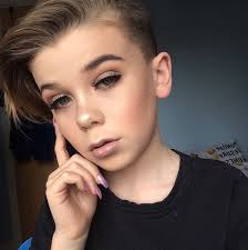 this 10 year old boy is a makeup prodigy
