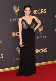 Rachel Bloom bought her own $3,500 Gucci dress for the Emmys | EW.com