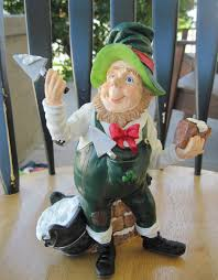 garden statue brick layer leprechaun