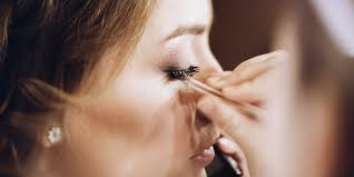 eyes healthy with these eye makeup