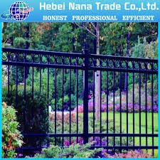 New Modern Aluminum Fence Post Design With Circular Square Tube Allibaba Outdoor Aluminum Buy Square Galvanized Fence Posts Powder Coated Aluminum Fence Post Recycled Fence Posts Product On Aftrade Com