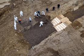 New York City hires laborers to bury dead in Hart Island potter's ...