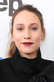 Sarah Sutherland Profile