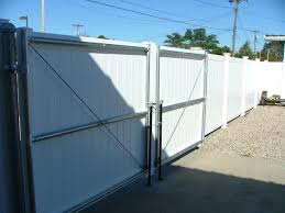 Vinyl Fence With Steel Frame Cape Cod Fence Company