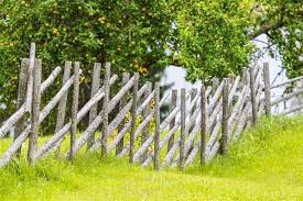 Diy Instructions On How To Build A Fence On A Slope Gardenerdy