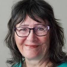 Wendy Campbell – Medium