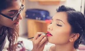 personal makeup courses cles in