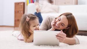 Cha mẹ trò chuyện thế nào để kích thích sự thông minh của con?