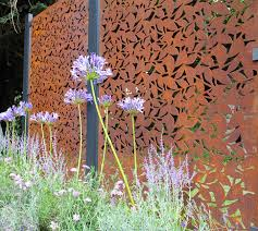 metal fence panels make contemporary