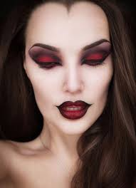 mesmerizing halloween makeup ideas for