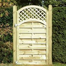 Buy Arched Lattice Top Gate At Mick George