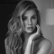 CHARLOTTE MCKINNEY | Women | London | Select Model Management