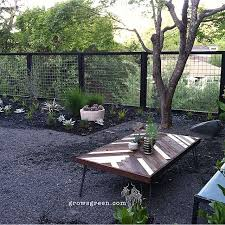 Modern Garden With New Open Hogwire Fence Designed By Beth Mullins At Fence Design Backyard Fences Easy Fence