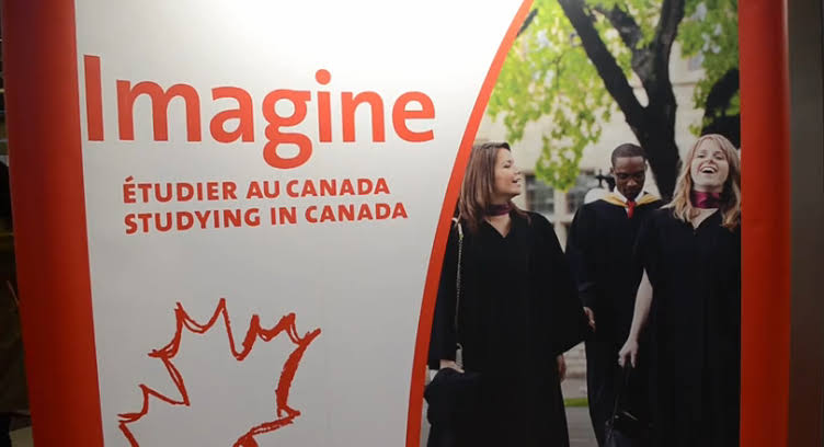 """Image result for etudier immigrer  au canada"""""""