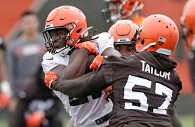 Browns speak with suspended RB Hunt after argument near bar   Las Vegas  Review-Journal