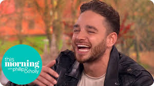 Adam Thomas Loves Being Mr Bushtucker Trial and Squashes the ...