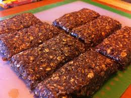 homemade protein bars with chocolate