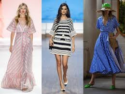 پیراهن های شاد و ساده وشیک که میتواند منبع الهام برای مانتو های تابستانی باشد  Image result for spring dresses 2020