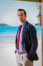 Ralf Little on Death in Paradise, turning 40 and his mum voting ...