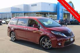 salsa red pearl 2016 toyota sienna se