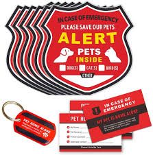 Amazon Com Pet Alert Stickers In Case Of Emergency Pets Rescue Stickers Static Cling Window Decals 6 Pack Pet Home Alone Wallet Cards Key Tag No Adhesive Removable Uv Resistant Arts