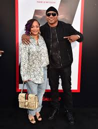 LL Cool J and Wife Simone Smith Dress like Royals with Their 4 ...