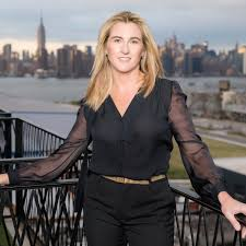 "89: ""The Transparent Leader"" - Nancy Dubuc — The Lookinglass"