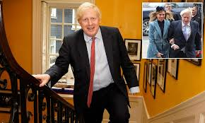 Boris Johnson visits Carrie Symonds and ...