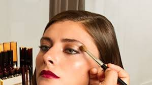 get romantic hair and makeup where to