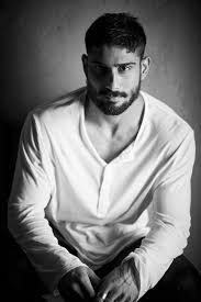 Prateik Babbar Latest And Unseen Wallpapers And Images - TamilScraps.com