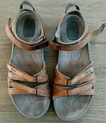 teva tirra leather sandals womens sz 9