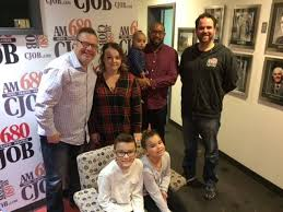 680 CJOB - Lisa and Dustin Dean, along with their... | Facebook
