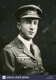 Portrait of Sir Ross Smith, pilot of the Vickers Vimy Stock Photo - Alamy