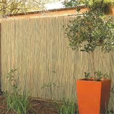 Garden Trend 3 X 1 8m Round Natural Bamboo Fence Screening The Narrow Strip B 18m Bamboo Fence Garden In 2020 Bamboo Garden Fences Bamboo Fence Bamboo Garden
