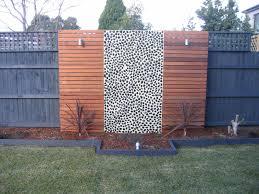 Hardwood Garden Border With Merbau Top Google Search Backyard Landscaping Designs Pine Garden Garden Ideas Large