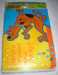 Amazon Com Scooby Doo Fun Times Invitaciones W Sobres 8ct