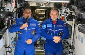 Космонавты встречают Новый год 16 раз. Но без шампанского