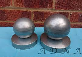 O80 100mm Phi Galvanized Pyramid Round Metal Fence Post Railing Cap With Ball Top A D N A Components