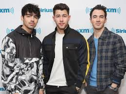 The Jonas Brothers did therapy before they reunited as a band - Insider