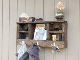 entryway key holder for wall mail