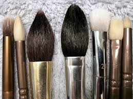how to clean makeup brushes for