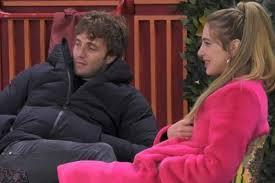 Clizia Incorvaia e Paolo Ciavarro, bacio al Grande Fratello: c'è ...