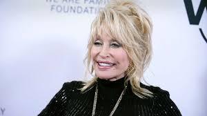 Dolly Parton sparks 'LinkedIn, Facebook, Instagram, Tinder ...