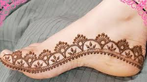 Easy New Mehndi Design On Foot